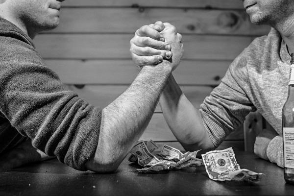 arm-wrestling-600-400